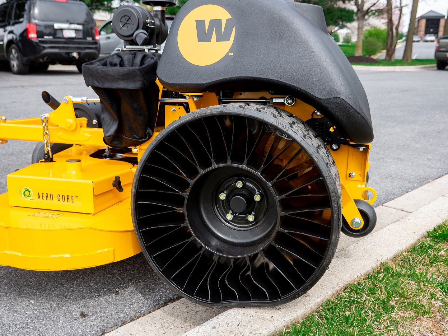 michelin tweel tire side view